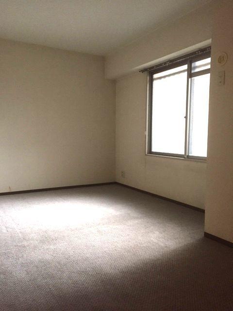 洋室は全て6帖以上の広さが ございます。