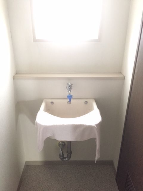 洗濯室にも便利な手洗い場を 設置しております。