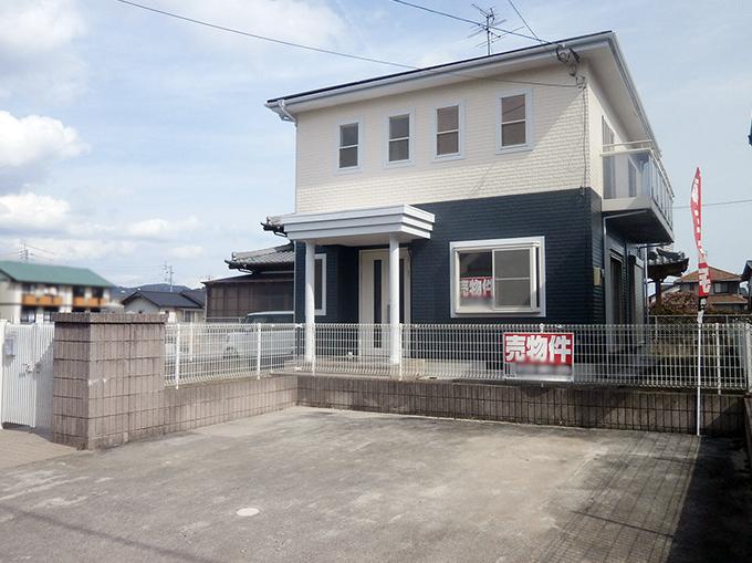 【駐車場】 ◆小倉南区中曽根 庭付き一戸建て♪ 駐車スペースは並列で2台可能です♪造成スペースもありますよ♪