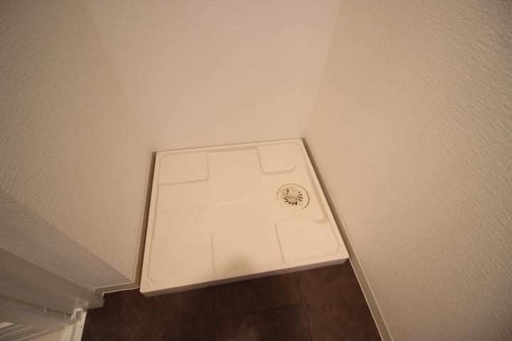 洗濯機置きスペースもしっかり確保