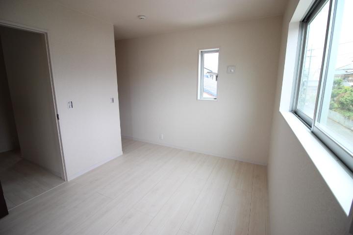 2階6畳のお部屋