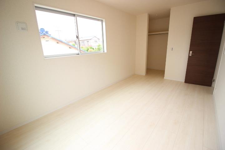 2階7.5畳のお部屋
