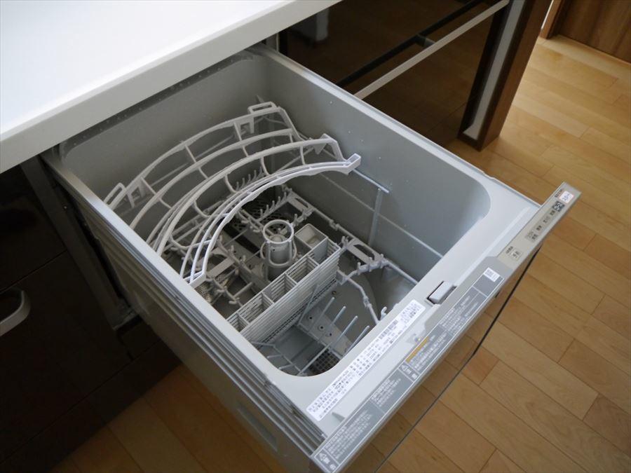 食洗機が付いていますので、家事の時間を少しでも短縮します♪少しの空いた時間でのんびりしていただきたいです!