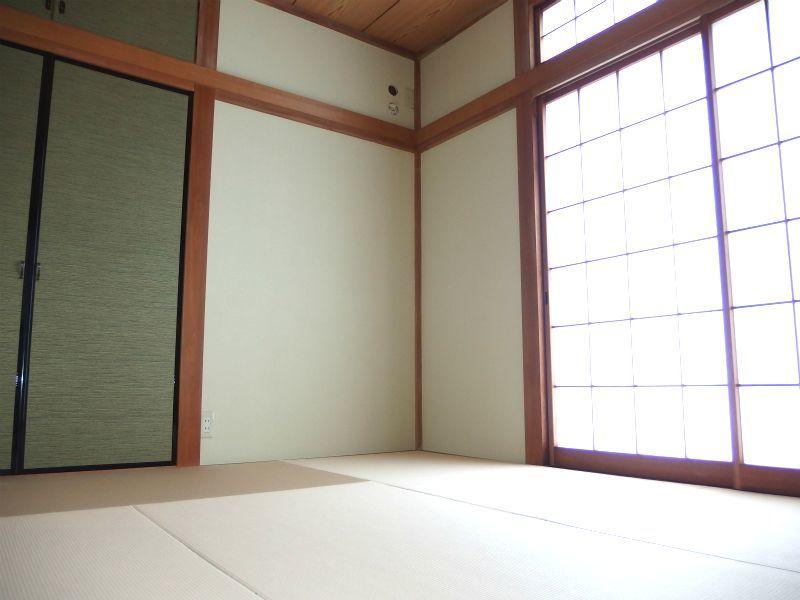 2階和室(別角度)