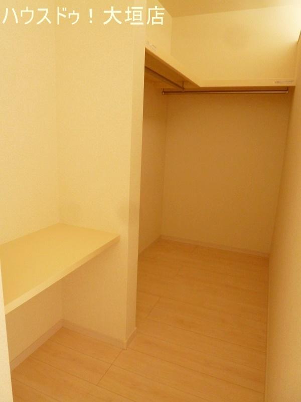 2階2部屋にWIC採用。