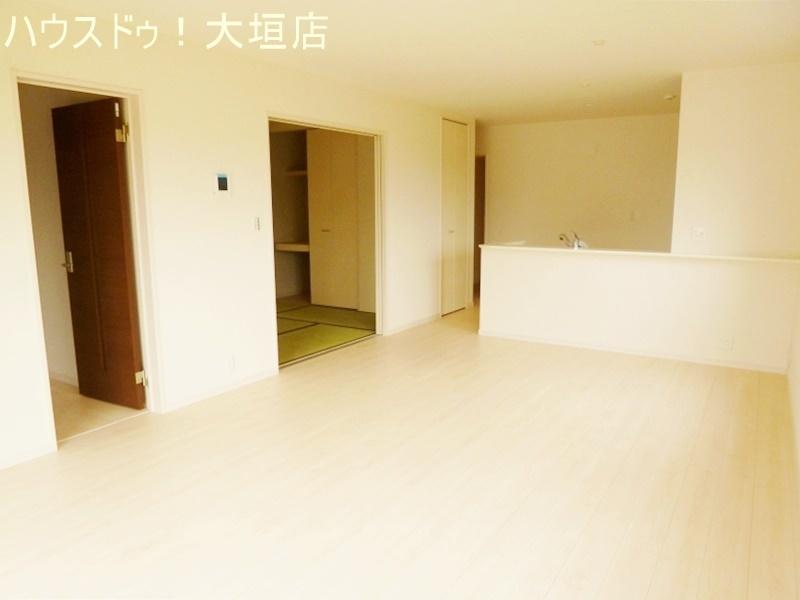 リビングとつながっている和室はお子様のお昼寝や来客時等ご活用いただけます。