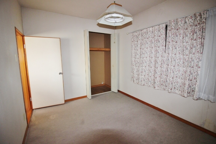 2階 6帖 和室です。 2階は全て6帖の為、お子様の部屋決めでもケンカにならないかも。