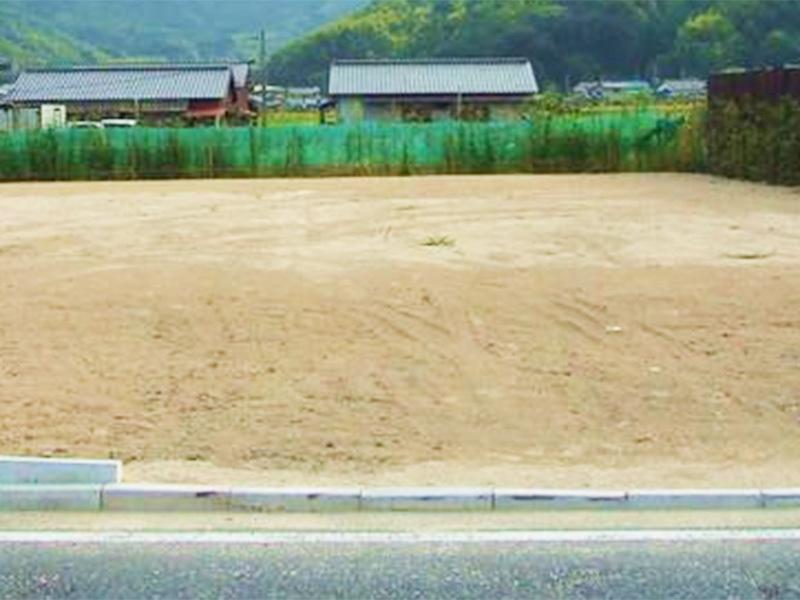 【外観写真】 上貫売土地♪平坦地・更地■前面道路約8m ■土地70坪以上 ※建築条件なし