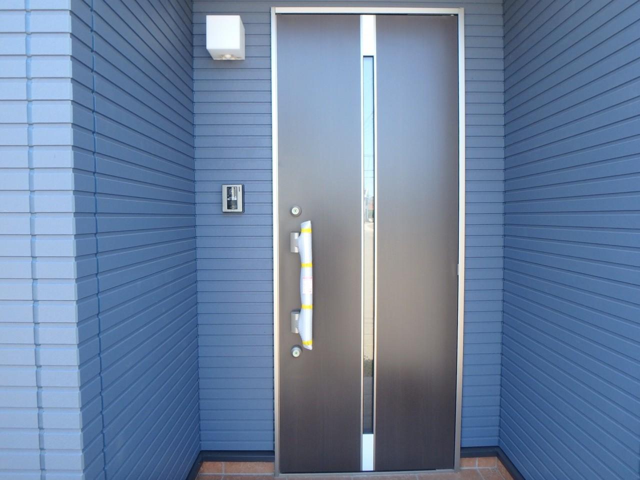 スタイリッシュな玄関です。 おしゃれですね♪