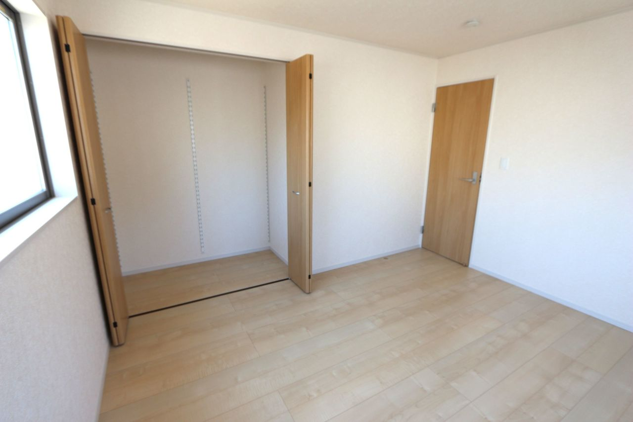全居室に収納スペースを確保。