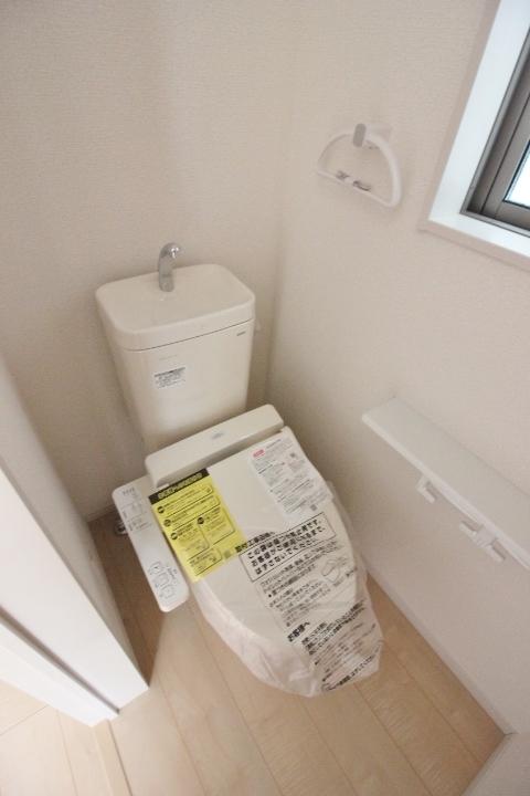 トイレ・シャワートイレ クレイドルガーデンシリーズ 同仕様写真