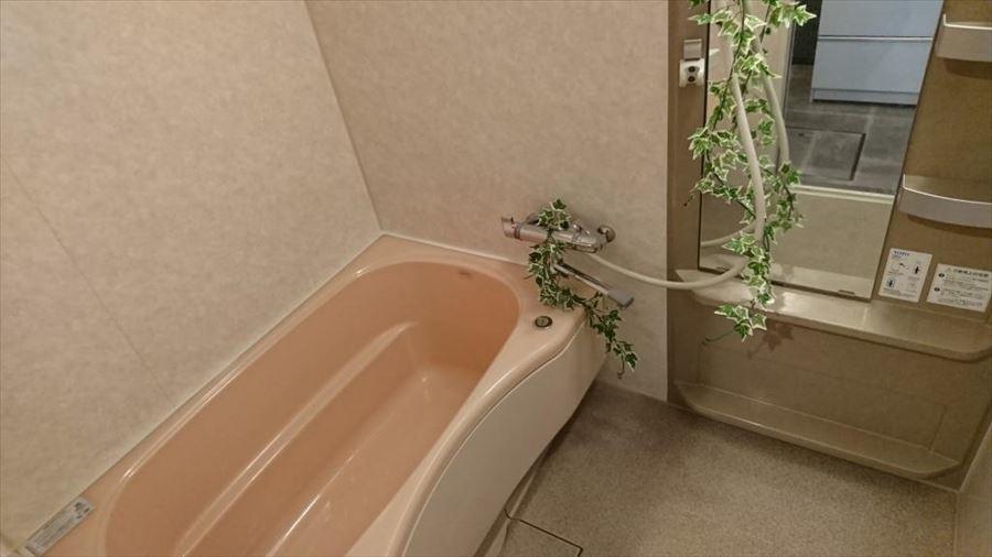 毎日の疲れをリフレッシュしてくれる浴室には清潔感が不可欠です!ゆったりとしたバスタイムをお楽しみ下さい・・・♪