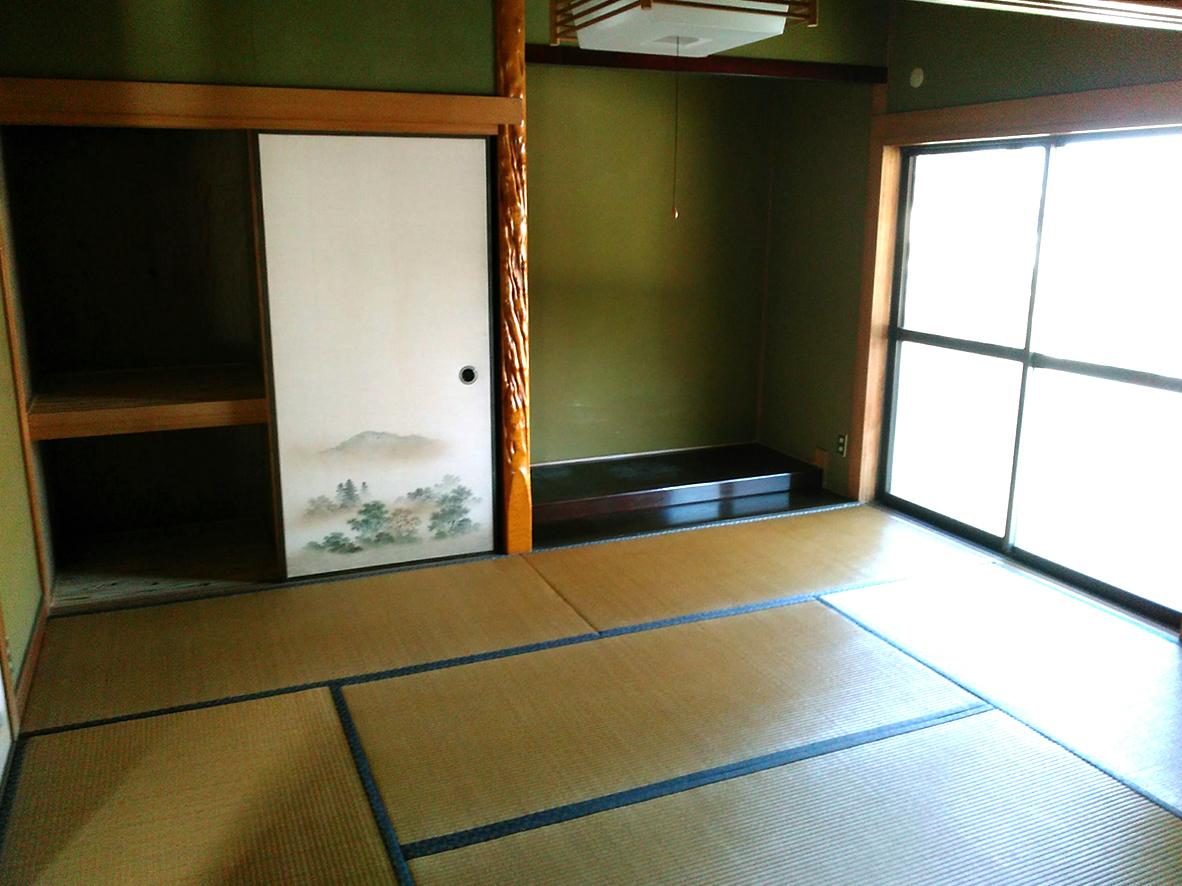 中2階の6帖和室です♪縁側横の和室と合わせて12帖あります♪