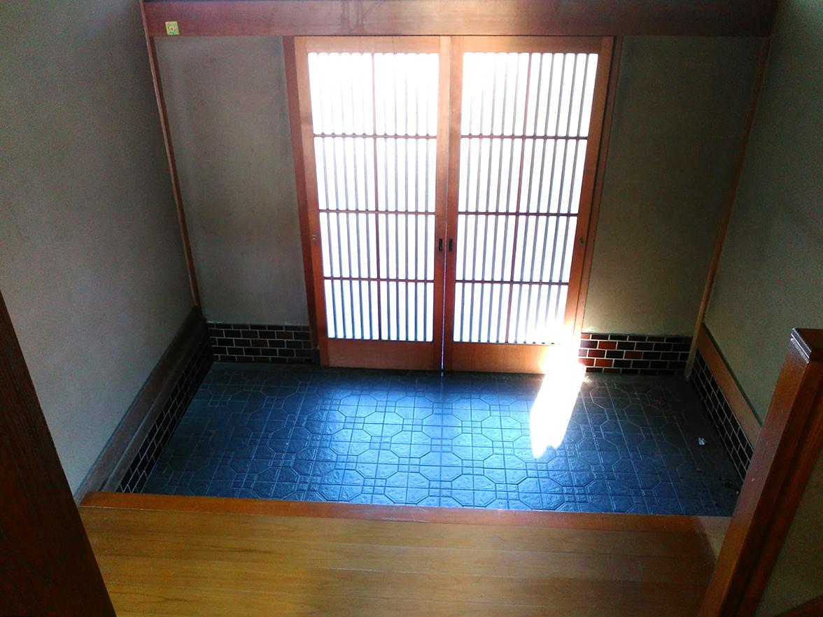 広々とした玄関は昔ながらの造りだからこその贅沢なスペースです♪