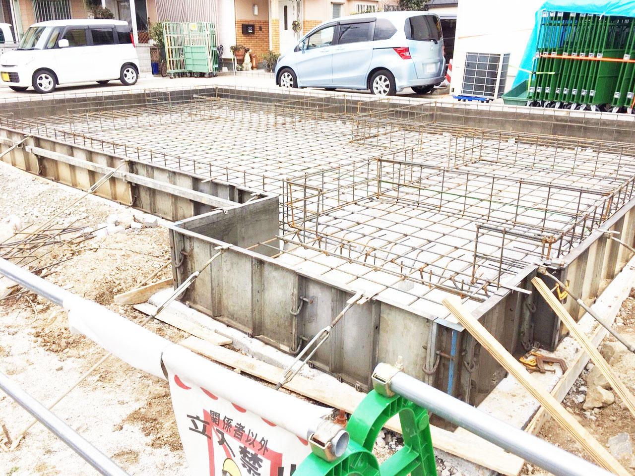 【外観写真】 小倉南区中曽根6丁目★駐車スペースは2台分を確保。LDK15.5帖・天井高2.7mの新築です。