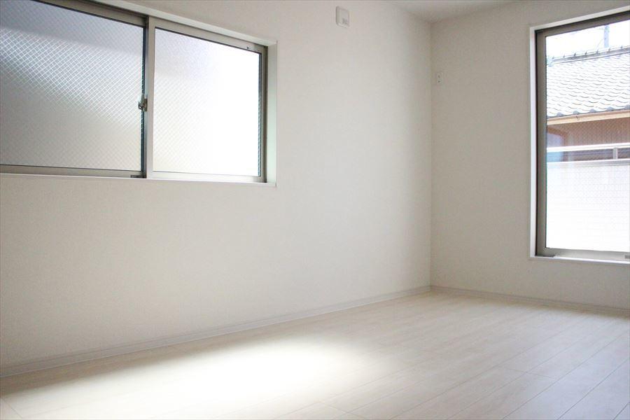 9帖を含む、全居室6帖以上で1部屋1部屋ゆったり使用できます◎