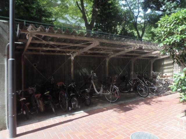 2017/9/21撮影 自転車置場