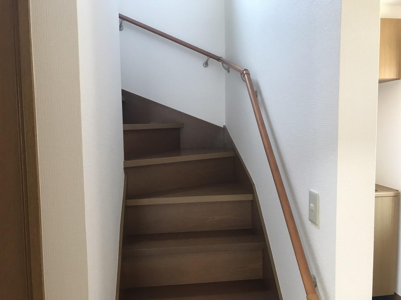 階段に手摺