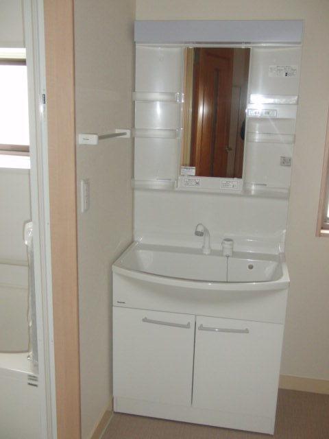 洗面台も新しいです