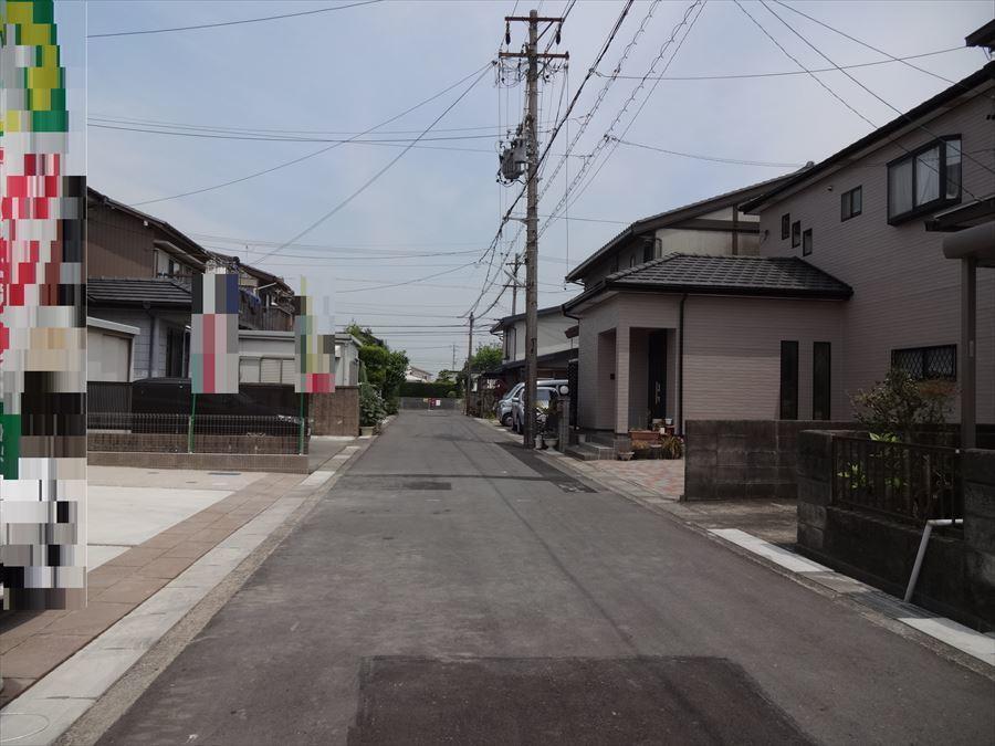 閑静な住宅街で車通りも少ないです♪