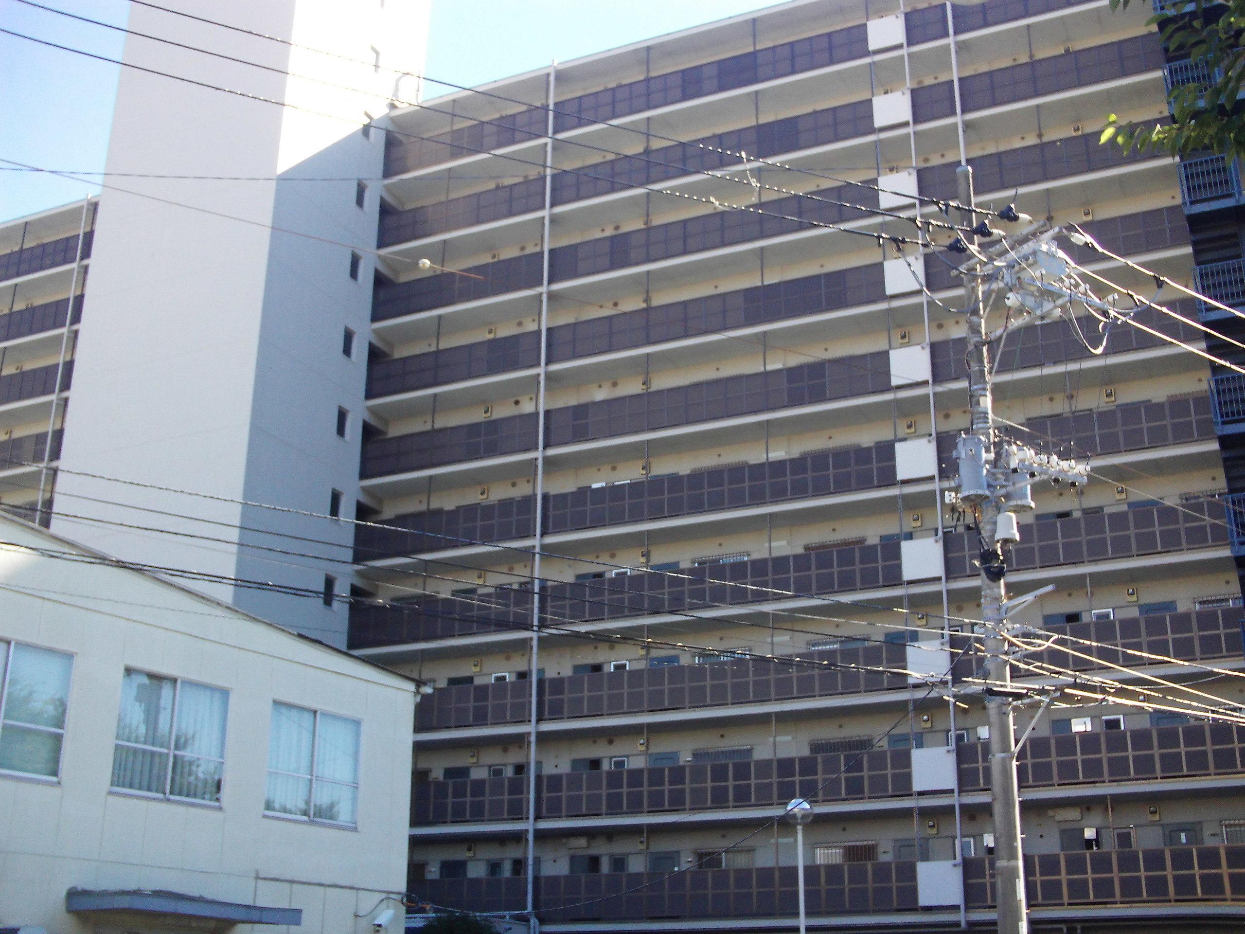 【外観写真】 総戸数115戸のビックコミュニティ!駅より平坦な立地です!