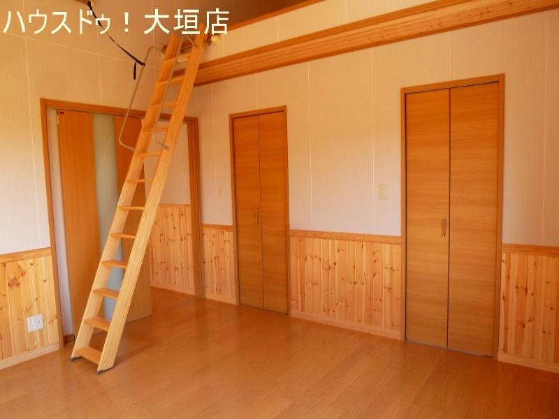 洋室には、収納がありますので、お部屋はいつでもスッキリ!!