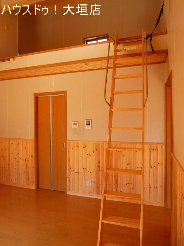 家全体が呼吸する家。 壁・天井仕上げが天然木材仕上げです。
