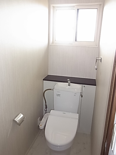 2Fにもトイレがありますので、夜階段を上り下りする必要もありません