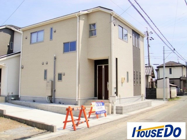 島田市中溝町 新築一戸建て 1号棟 です。