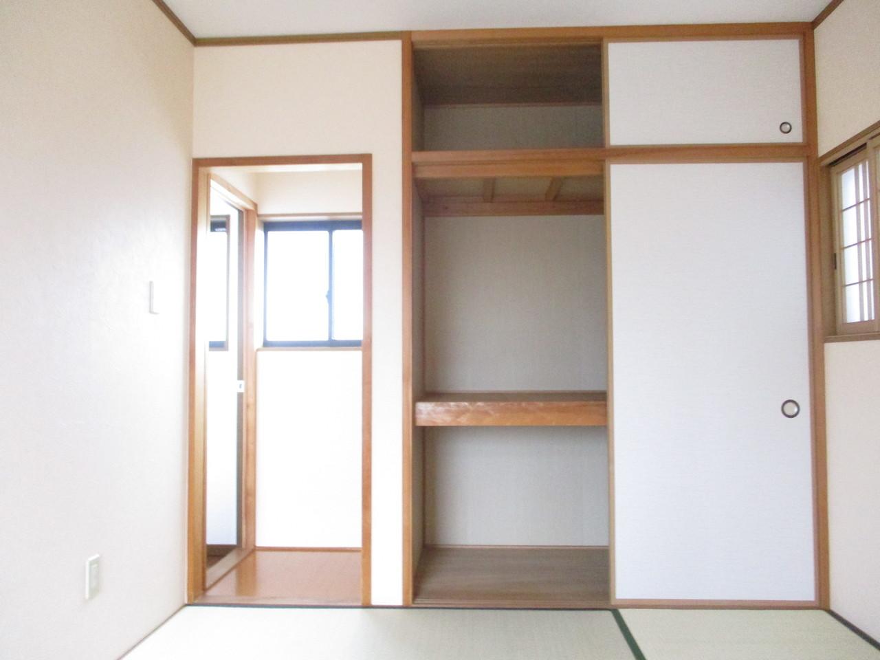 2階和室部分の押入です。