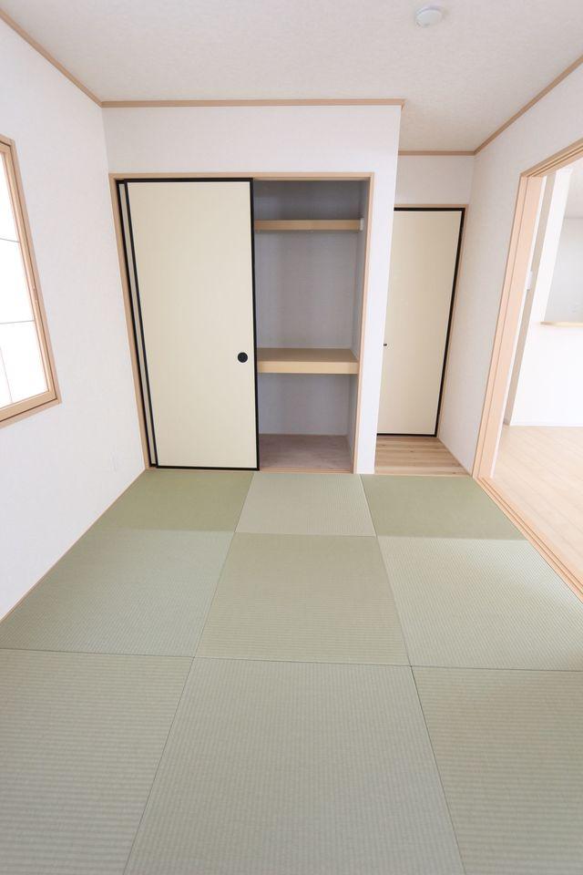 押入れ付きで寝室や客間として ご利用頂けます。