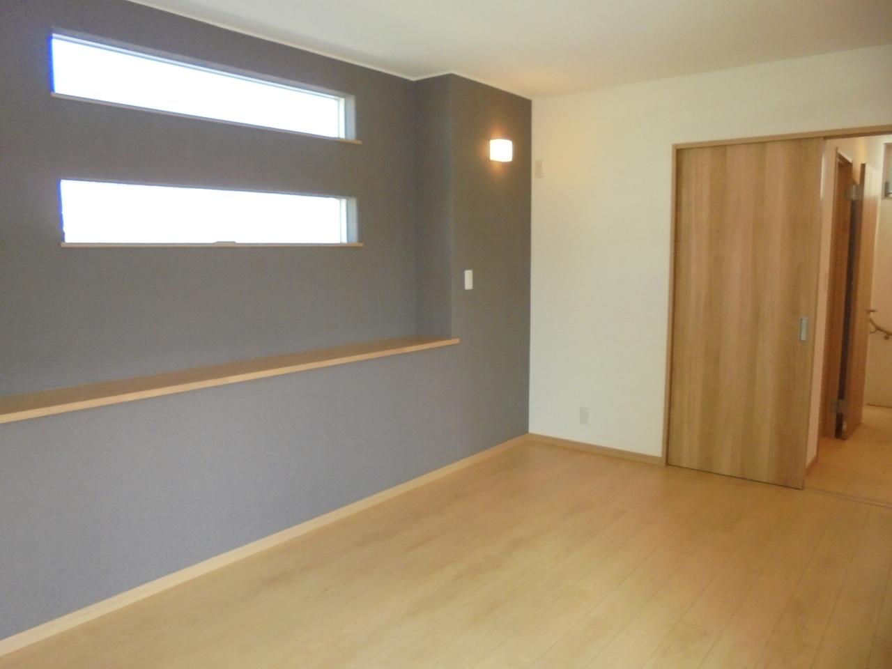 2階8.2畳洋室
