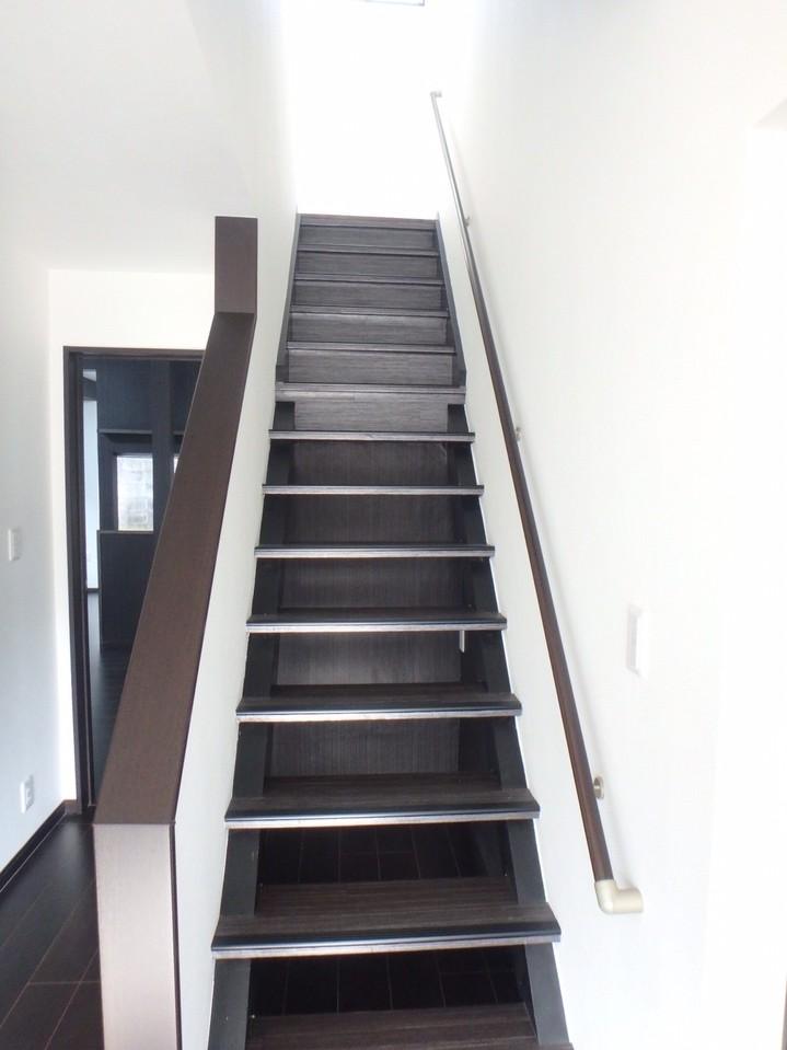 さあ、階段を上って2階へと行ってみましょう!