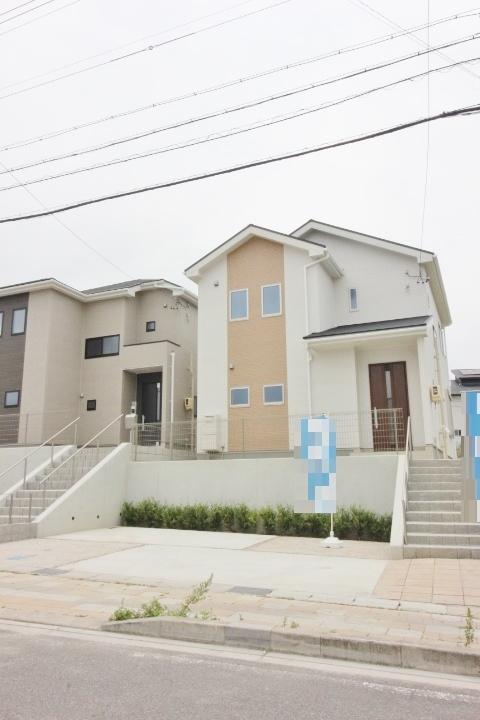 住宅ローンやご資金のシュミレーションも無料で承っております。