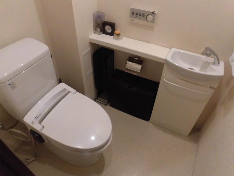 トイレは手洗い付