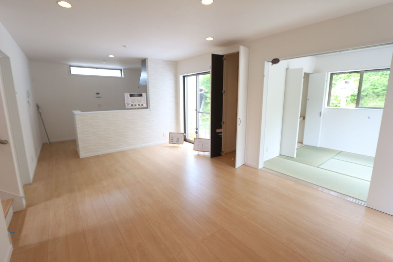 和室を合わせると21.5帖の 大きな空間になりました。