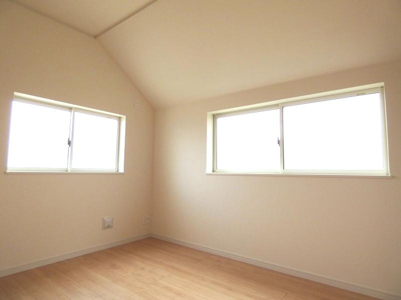 ◎洋室:1号棟(7/16更新) 全居室6帖以上なので、家具を置いても十分なスペースを確保できるゆとりの住空間!