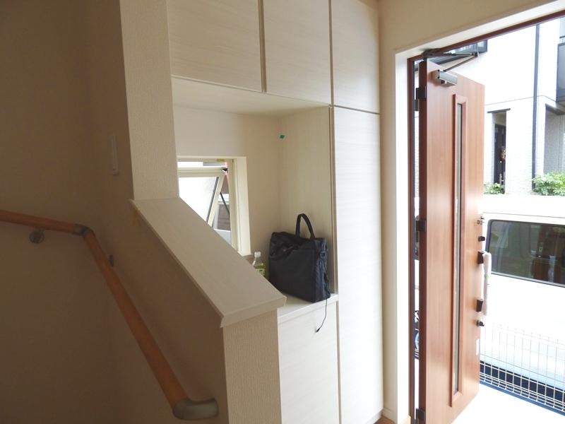 ◎玄関:2号棟(7/16更新) すっきりきれいに収納できそうなシューズボックス付です