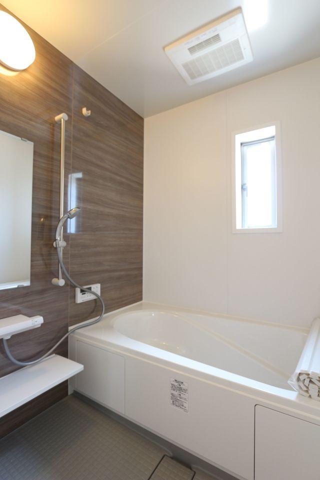 浴室乾燥機・追い焚き機能完備です。