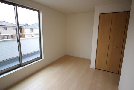 ☆洋室☆ 7.5帖の広々空間