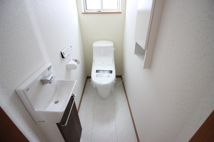 手洗い場がついた使い勝手の良いトイレ