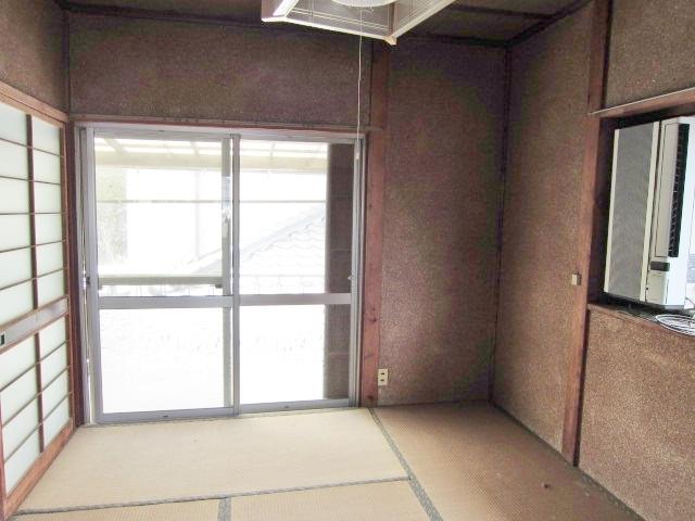 昭和46年築母屋 2階和室。