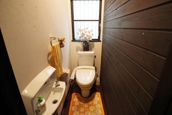 トイレとは別に手洗い器があるのも嬉しいポイントですよね♪