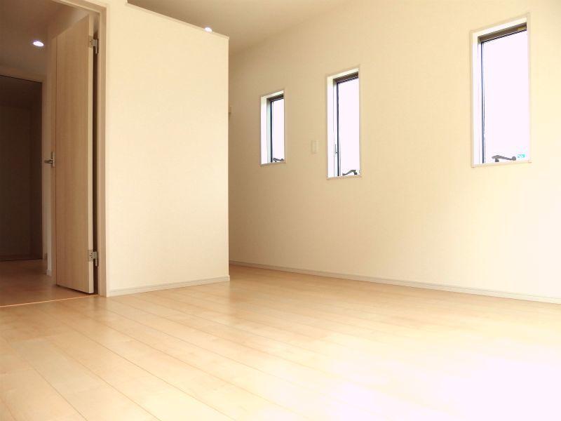 洋室(2F・8帖) オープンクローゼット付