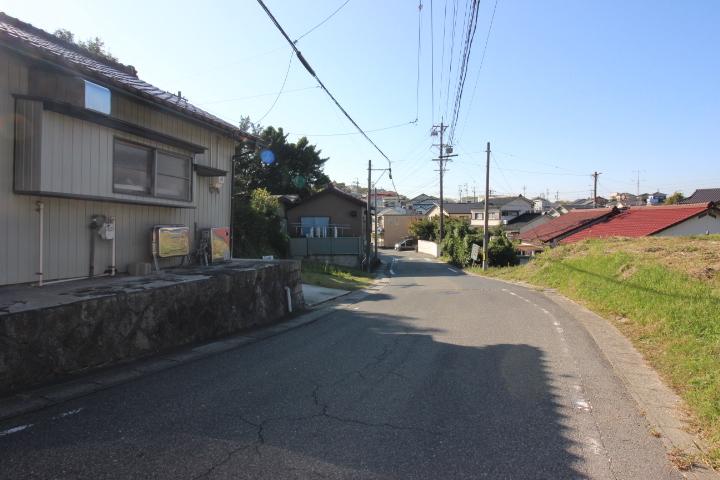 ファミリーマート知多長浦インター店まで徒歩5分