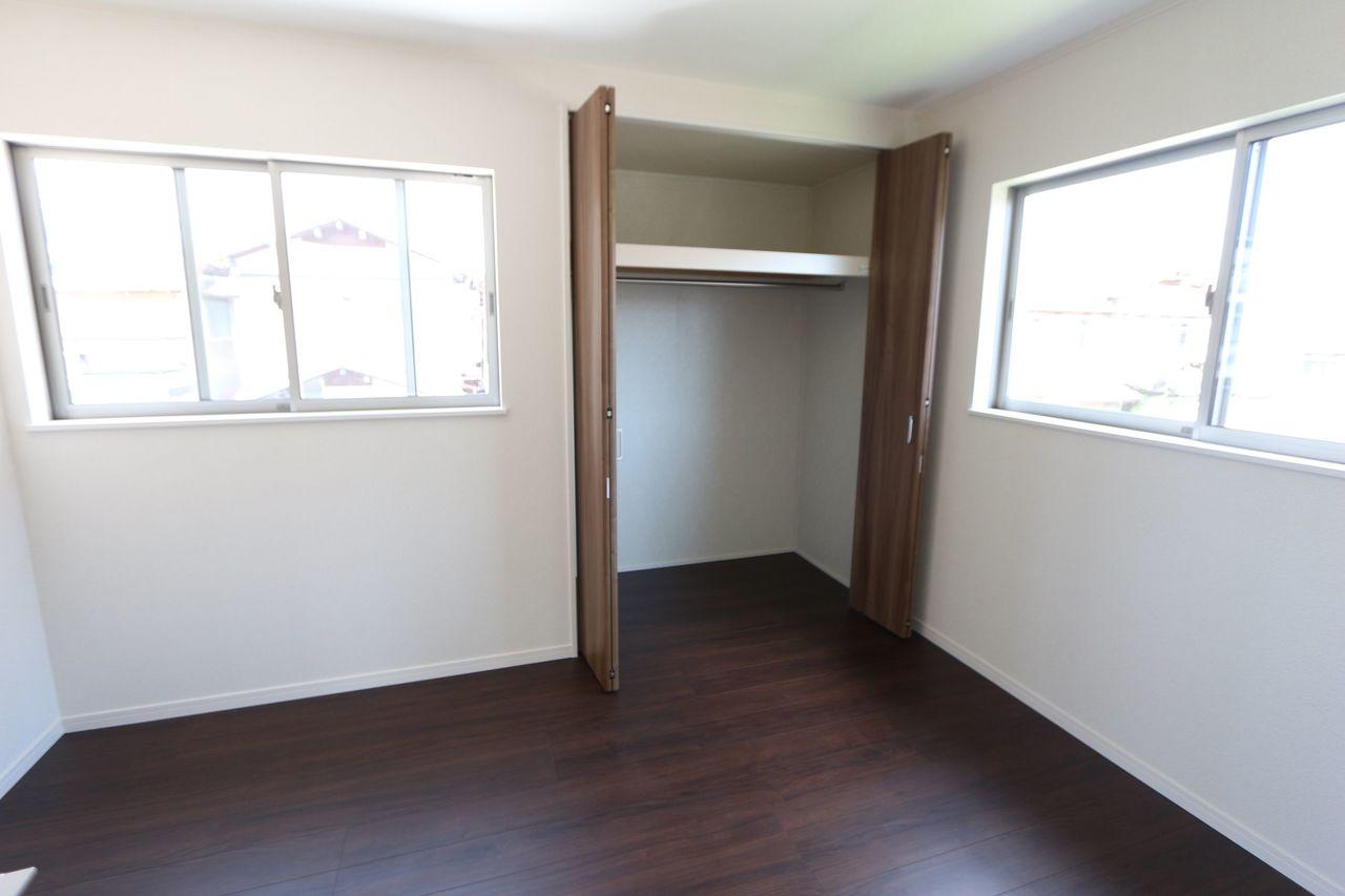 2階洋室は全てクローゼット完備です。