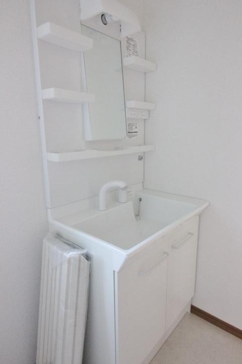 ■シャワー付き洗面化粧台■ ◆ハートフルタウンシリーズ 同仕様写真◆