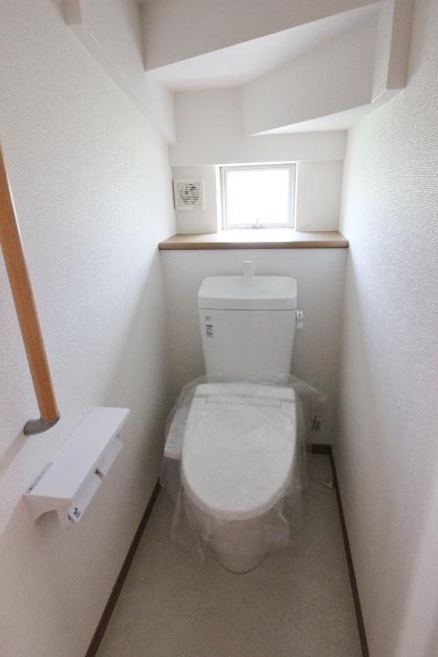 ■シャワートイレ■ 温水洗浄便座 ◆ハートフルタウンシリーズ 同仕様写真◆