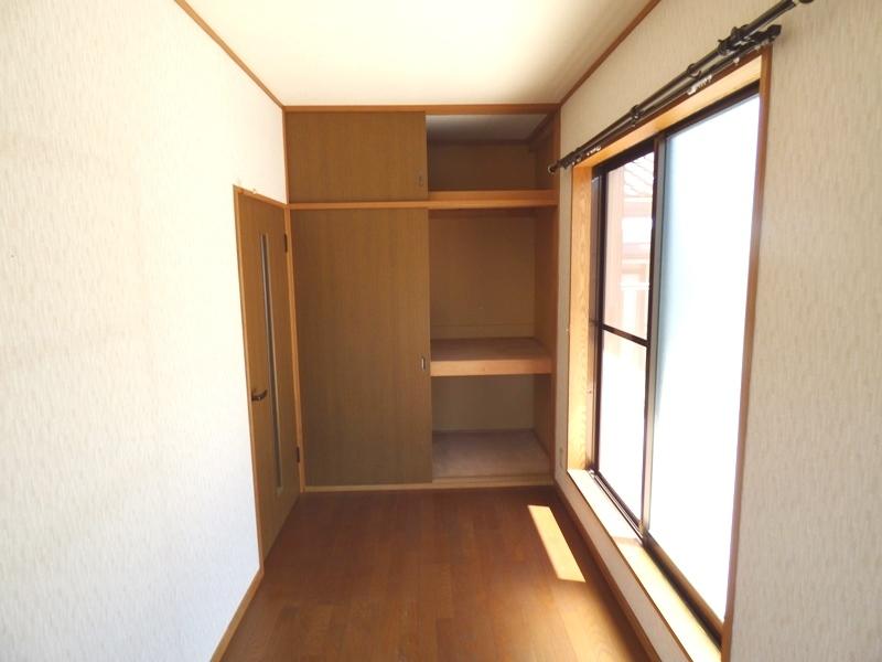2階:納戸