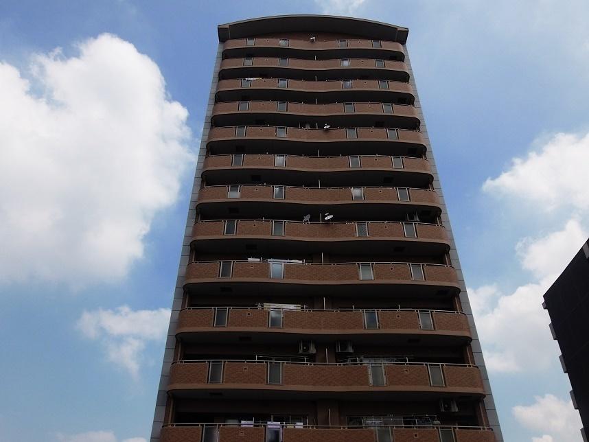 【外観写真】 14階建7階部分の物件です